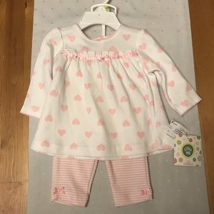 Pink and White 0-3 Month Baby Outfit